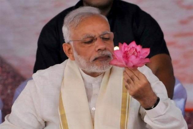 प्रधानमंत्री नरेंद्र मोदी हुए 71 वर्ष के, जानिए उनके अभी तक के राजनीतिक कार्यकाल